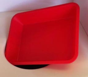 plastic tray that cannot be thrown away